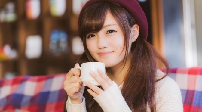 【悲報】コーヒー好きの女子注意!コーヒーの飲みすぎは胸を小さくする?