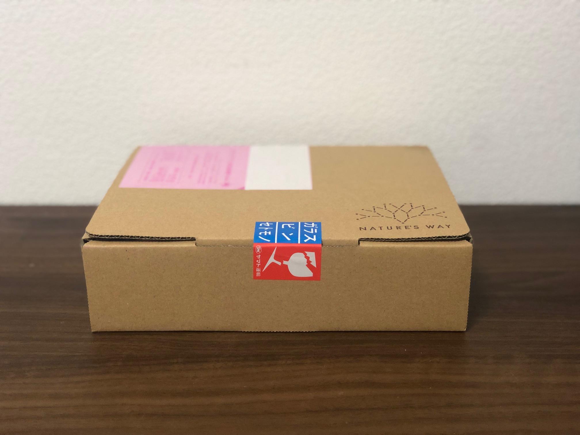 商品入りの箱